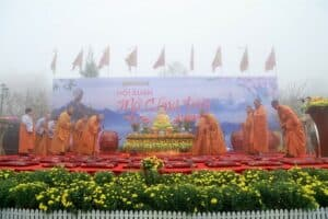Pilgrimage to the northwest and celebrate the Fansipan Heaven Gate Opening Festival